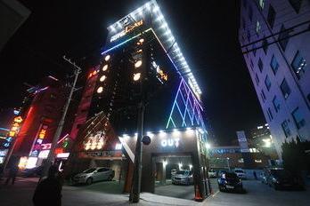Lazzi Hotel